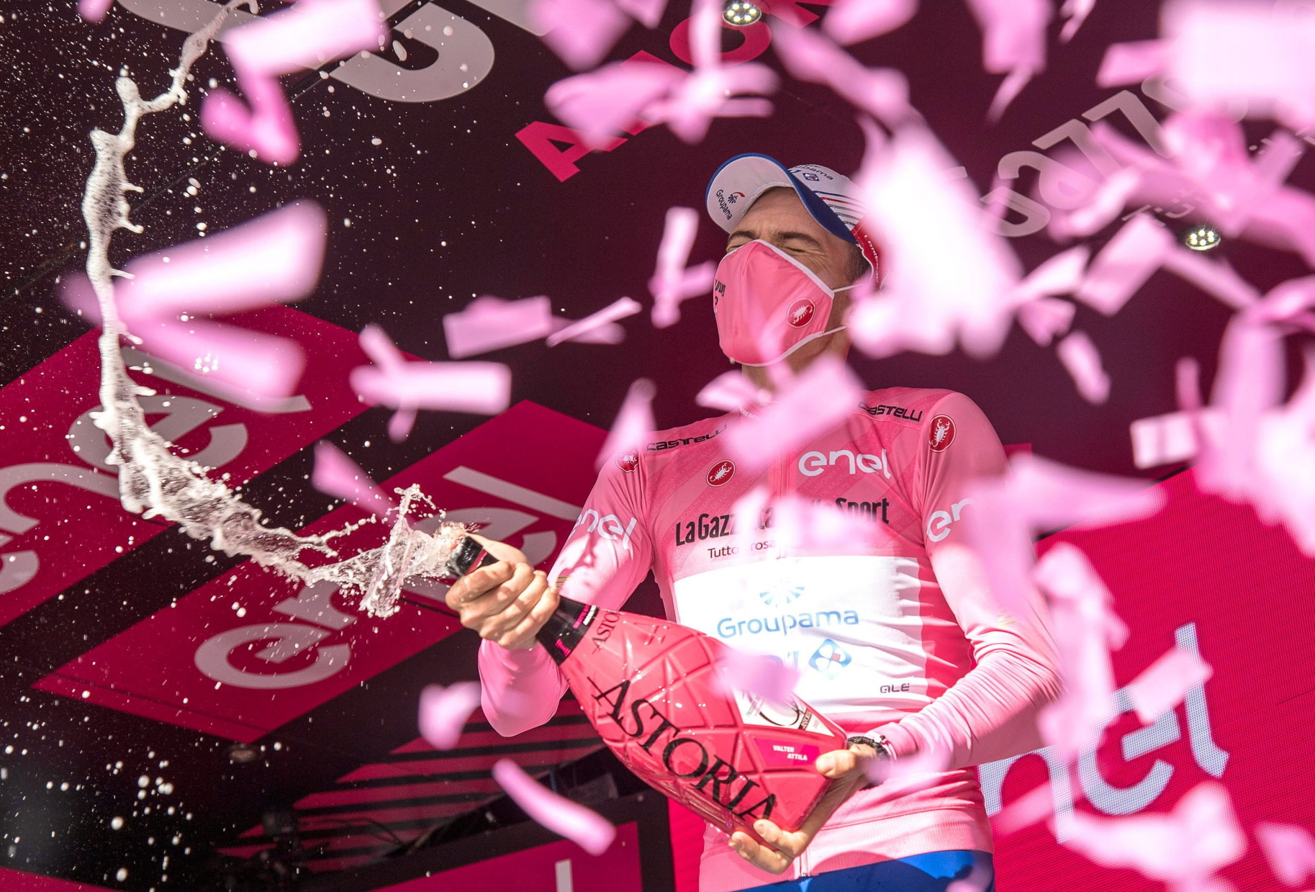 Attila Valter Becomes First Hungarian to Wear Pink Jersey in Giro d'Italia