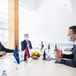 Hungary Lends Slovenia 300,000 Doses of AstraZeneca Vaccines