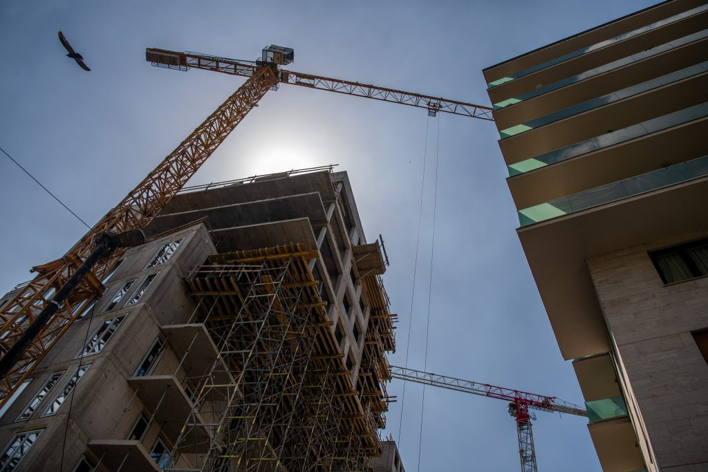Home Building Permit Issues Climb 22 % in First Half of 2021 post's picture