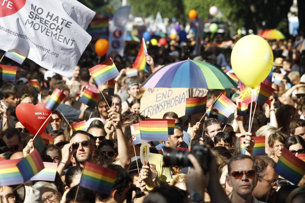 """EU Condemns Hungary's Rulings on LGBTQ as """"Flagrant Discrimination,"""" Gov't Suspects 'Global Fake News Campaign' post's picture"""