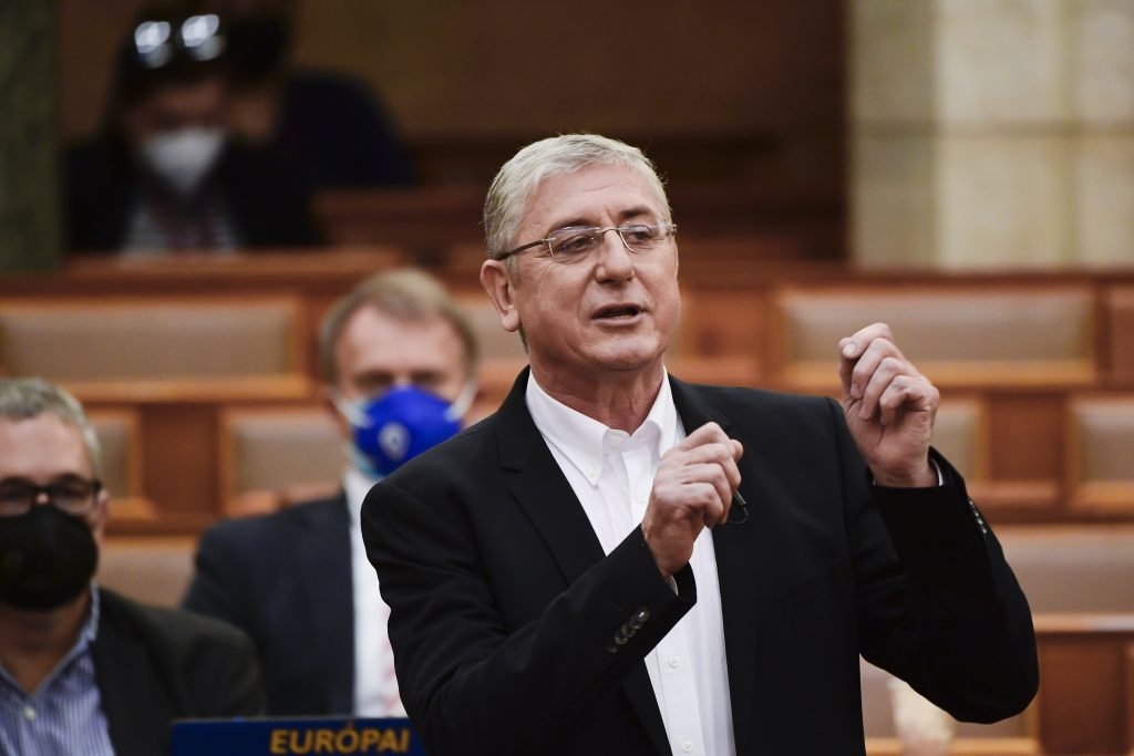 Gyurcsány Responds to Orbán's List of 'Greatest Threats to Hungary' That Includes His Name post's picture