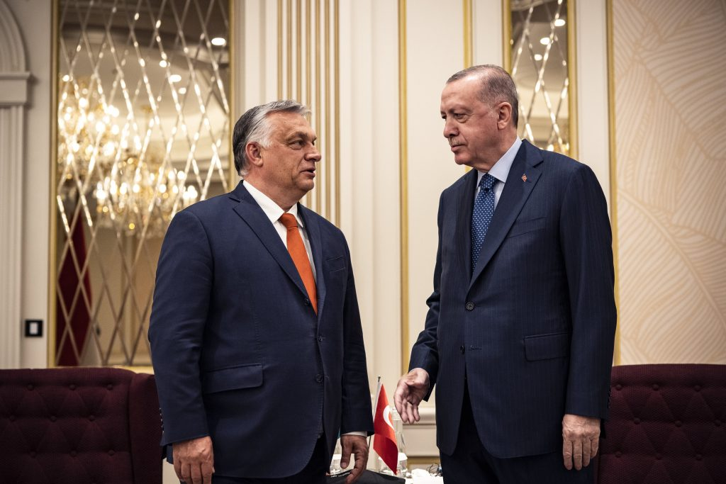 PM Orbán Discusses Defence Cooperation with Erdogan post's picture