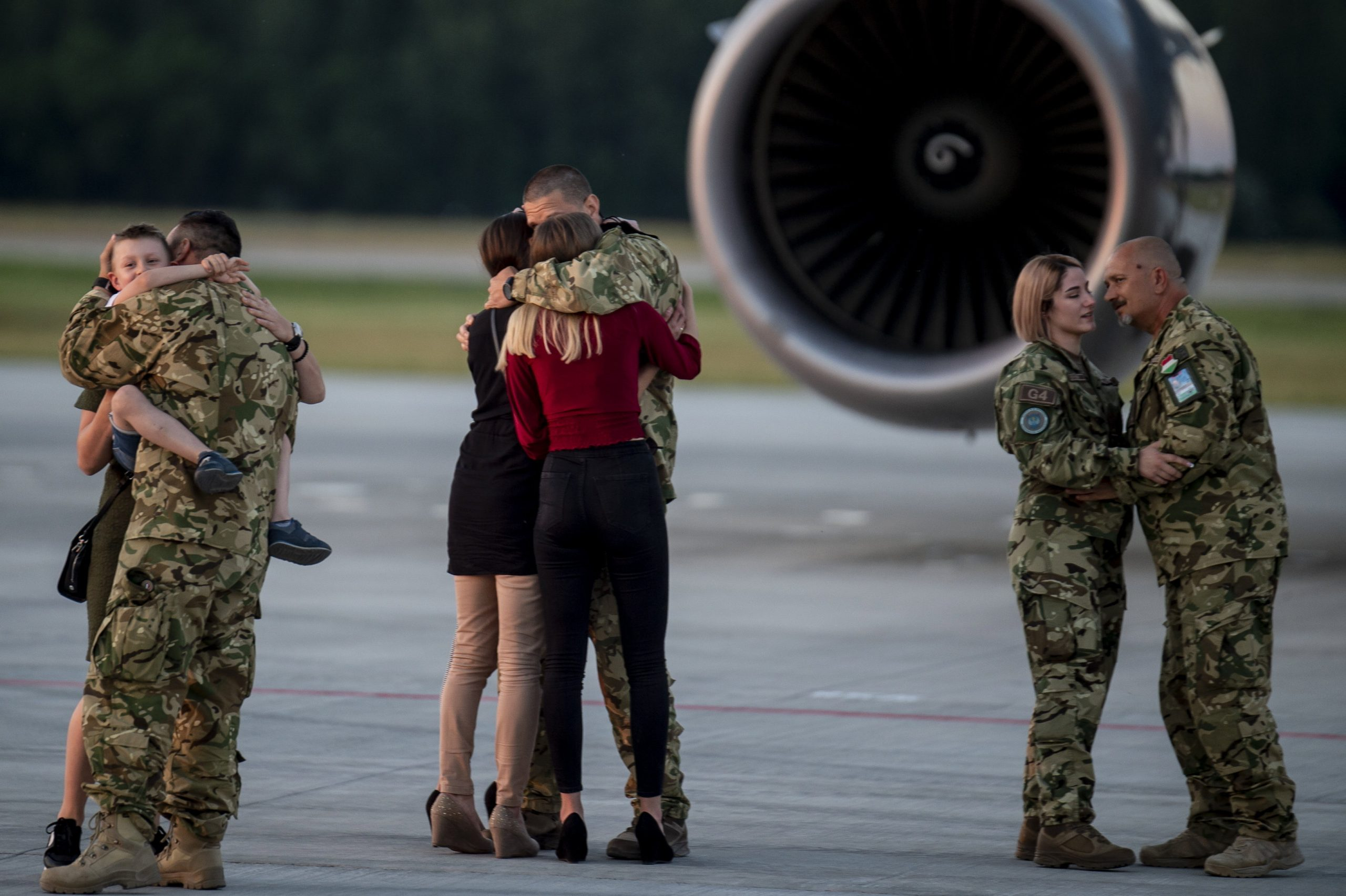 Last Hungarian Afghanistan Mission Soldiers Arrive Back - with PHOTOS!