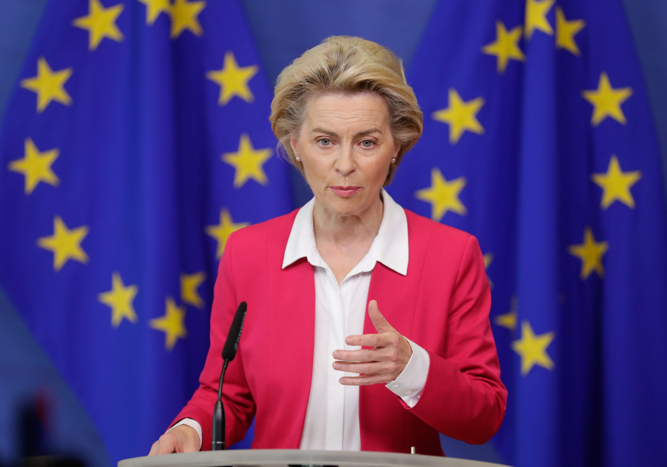 EC Criticizes Hungarian Ban on 'Promotion of Homosexuality' as Discriminatory