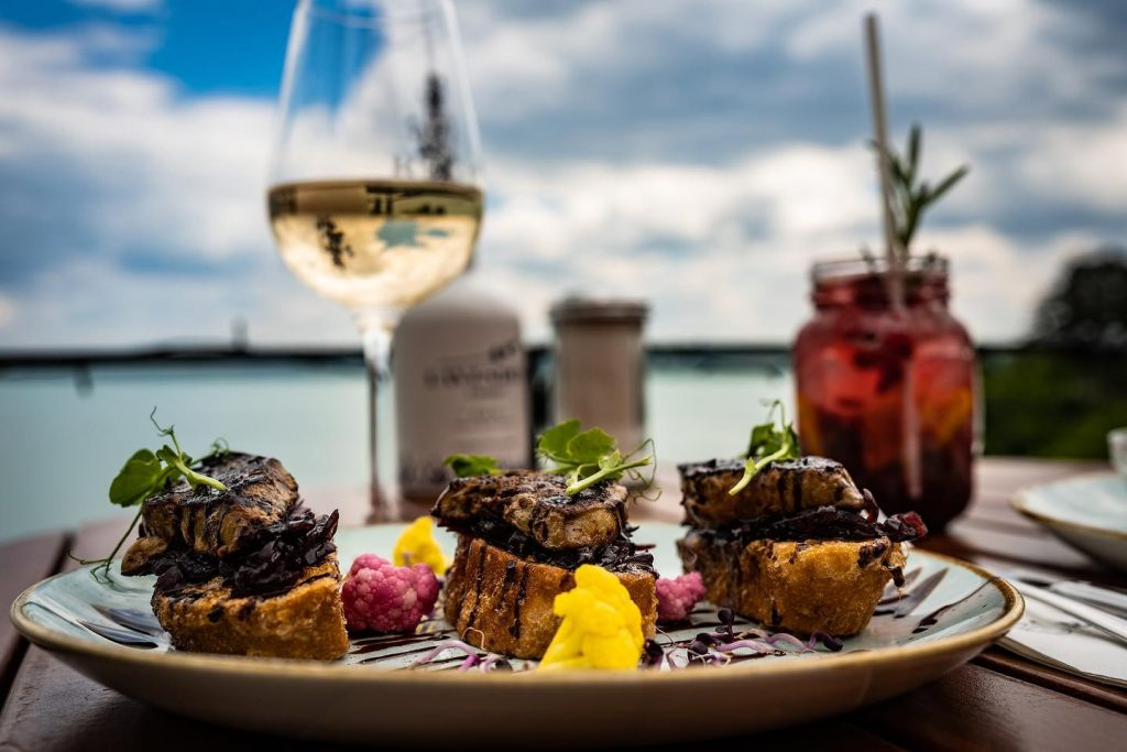 Discover the Best Places to Eat Near Lake Balaton With New Gastro Map post's picture