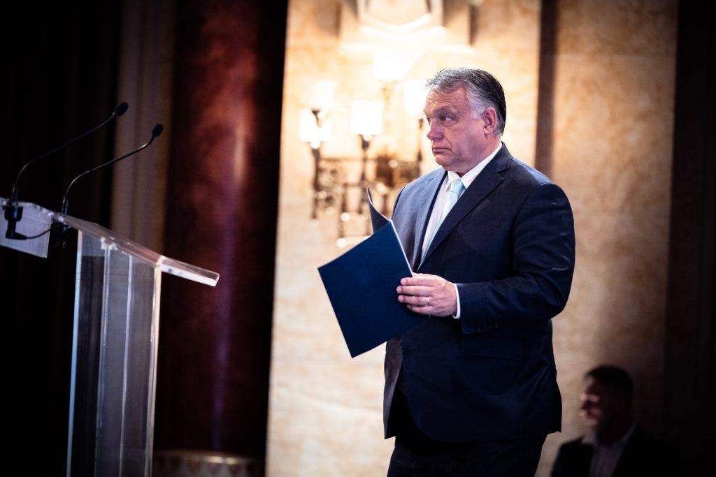 Press Roundup: PM Orbán Calls Referendum post's picture