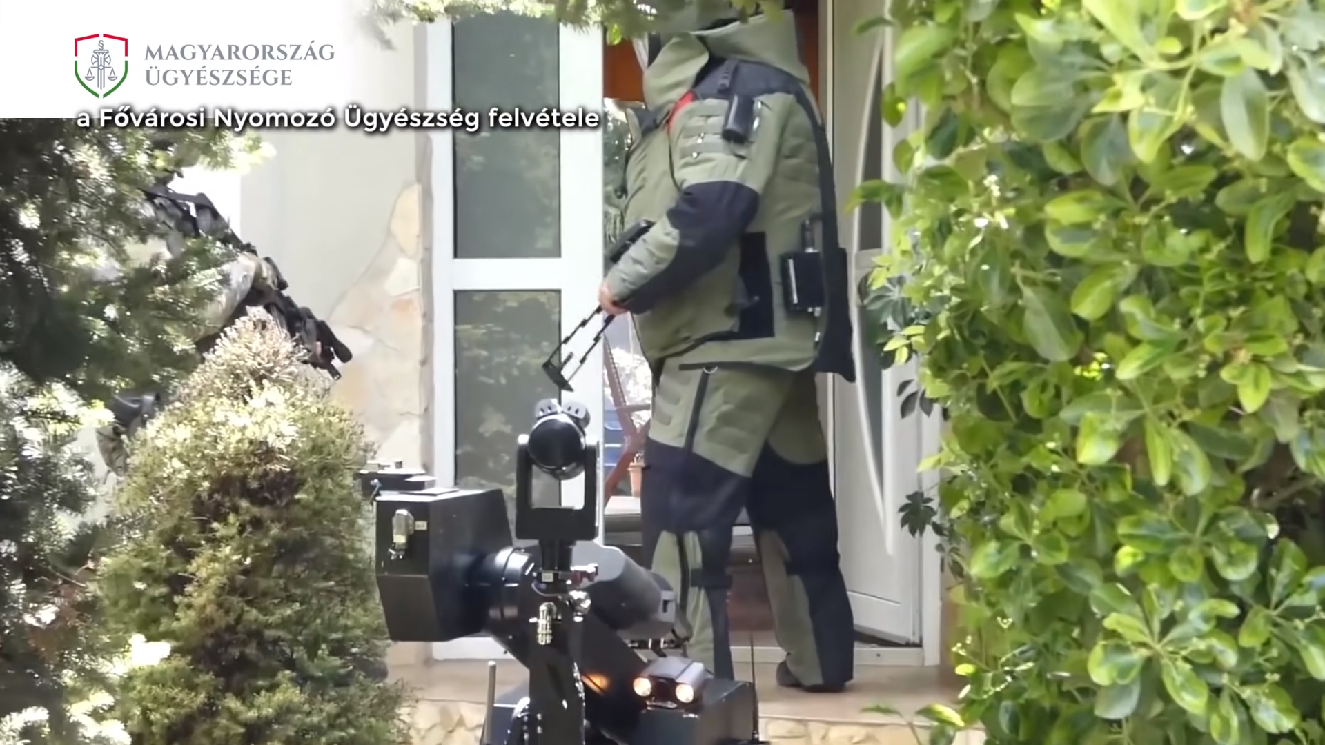 Suspected Hungarian Terrorist Denies Charges of Planned Attacks
