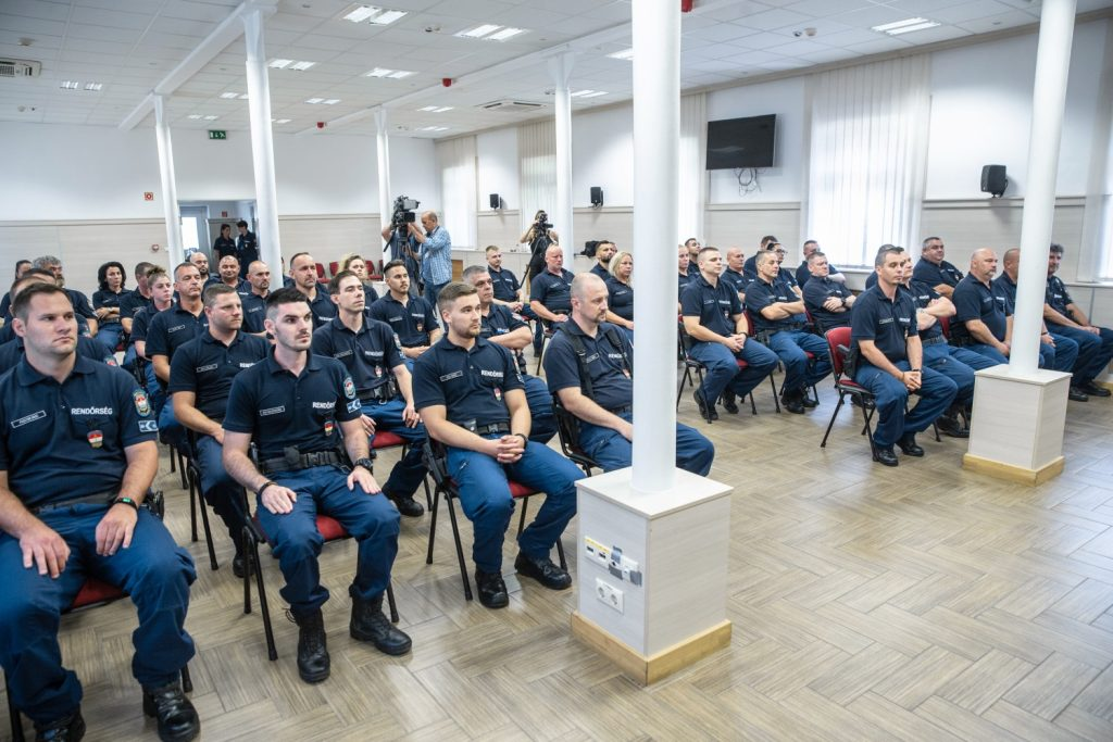 Hungarian Police Units Leave for North Macedonia, Serbia, Slovenia post's picture