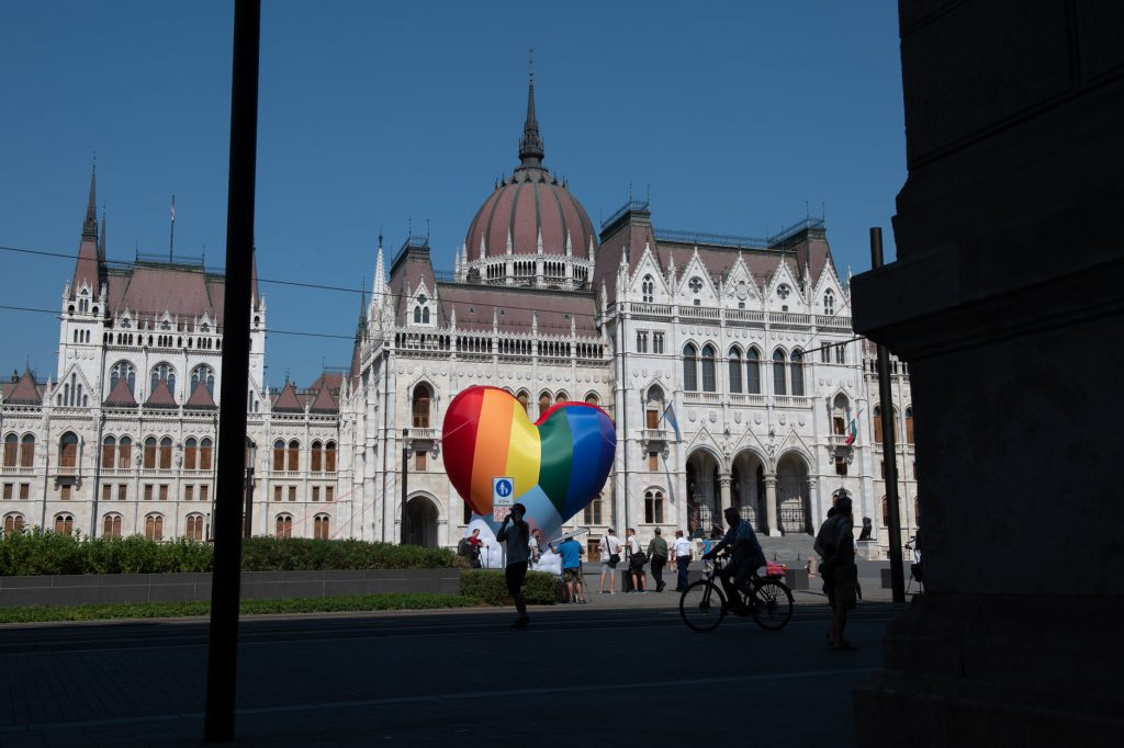 NGOs Raise Rainbow Balloon at Parliament as LGBT+ Restrictive Law Goes into Effect post's picture