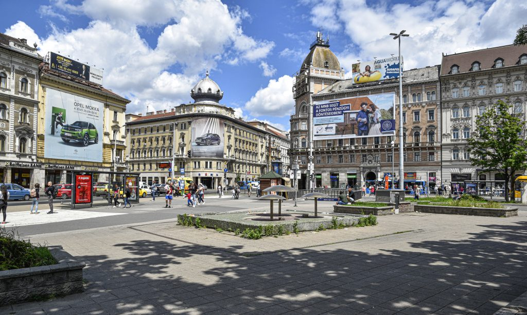 Reconstruction of Budapest's Blaha Lujza Square to Begin on Monday post's picture