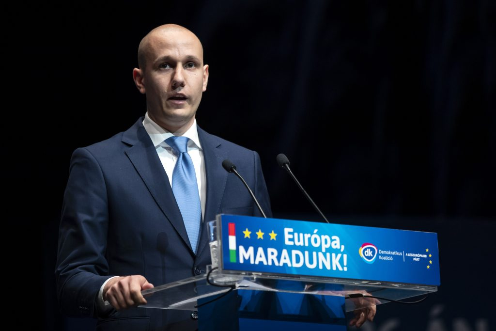 DK Accuses Fidesz of Looking to Leave EU post's picture