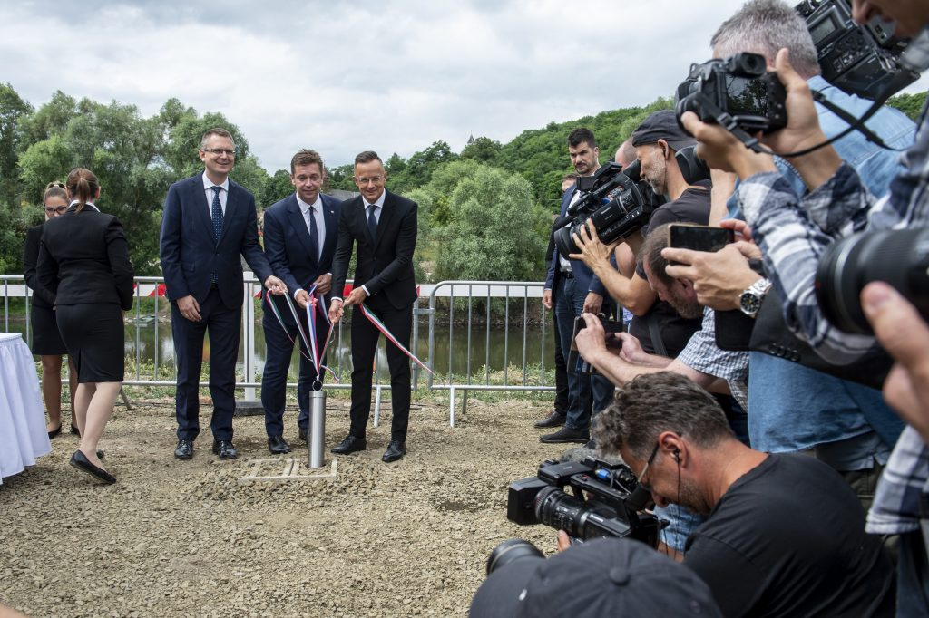Cornerstone Laid for New Bridge over River Ipoly Between Hungary, Slovakia post's picture