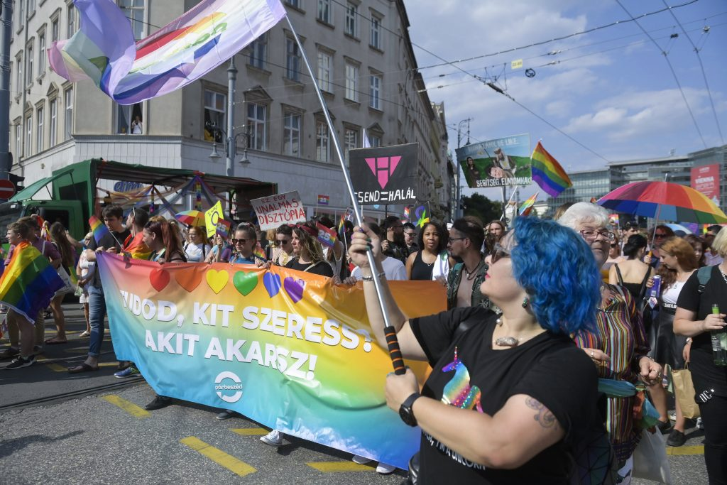 Press Roundup: Budapest Pride as an Opposition March post's picture