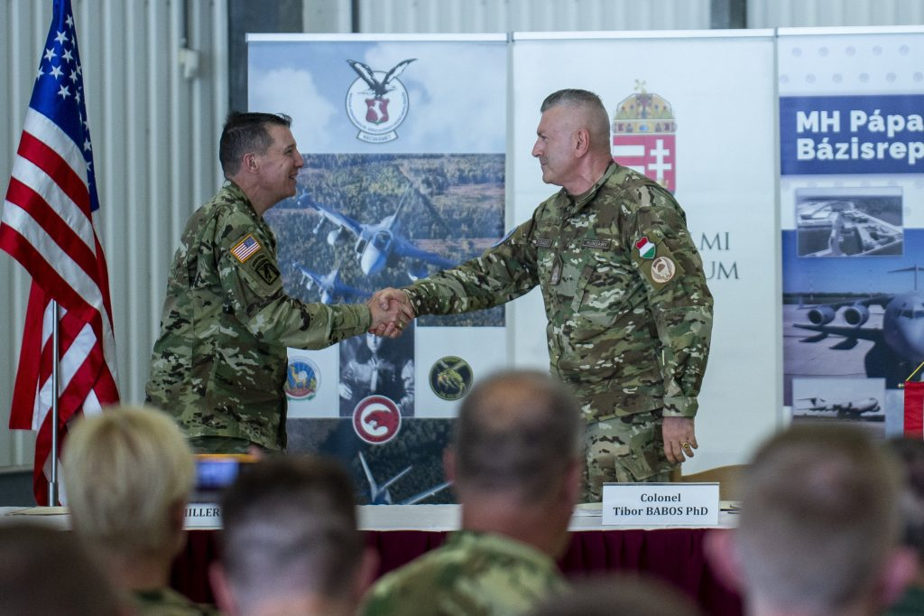 US, Hungary Sign Implementation Deals under Defence Cooperation Agreement post's picture