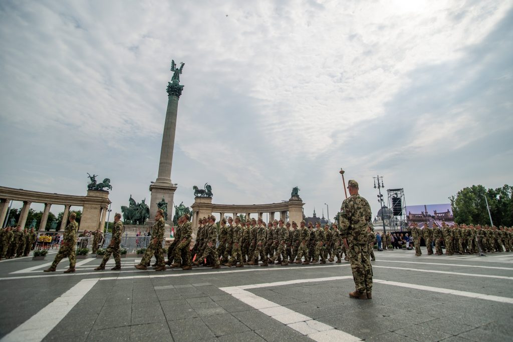 Defence Minister: Hungarian Armed Forces Can Be Counted On to Handle Any Problem post's picture