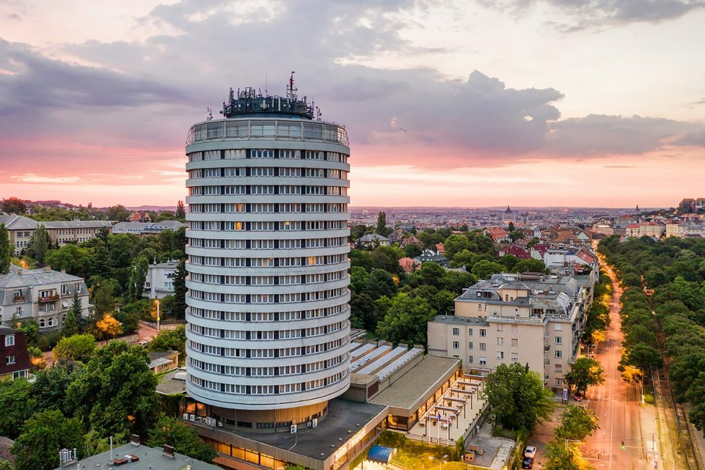 Danubius Hotel Budapest Rented Out After 15 Months With No Operation post's picture