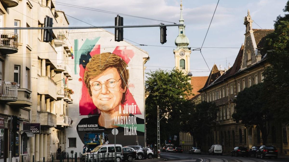 Mural in Tribute to mRNA Pioneer Karikó Completed in Budapest