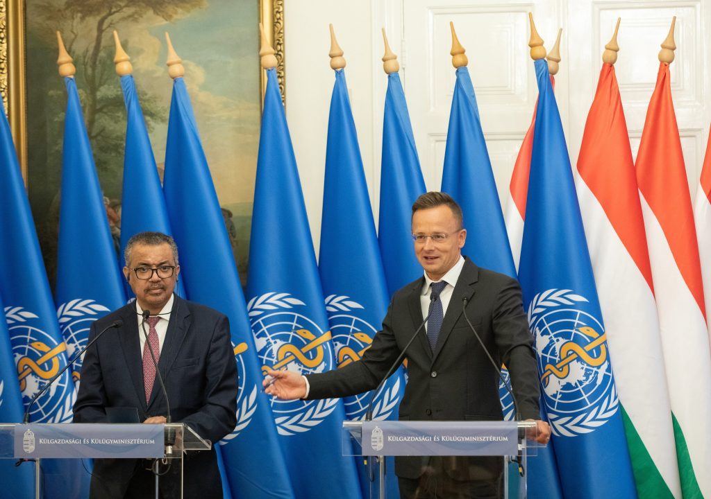FM Szijjártó Praises WHO for 'Withstanding External Pressure,' WHO Chief Thanks Hungary for Vaccine Donations post's picture