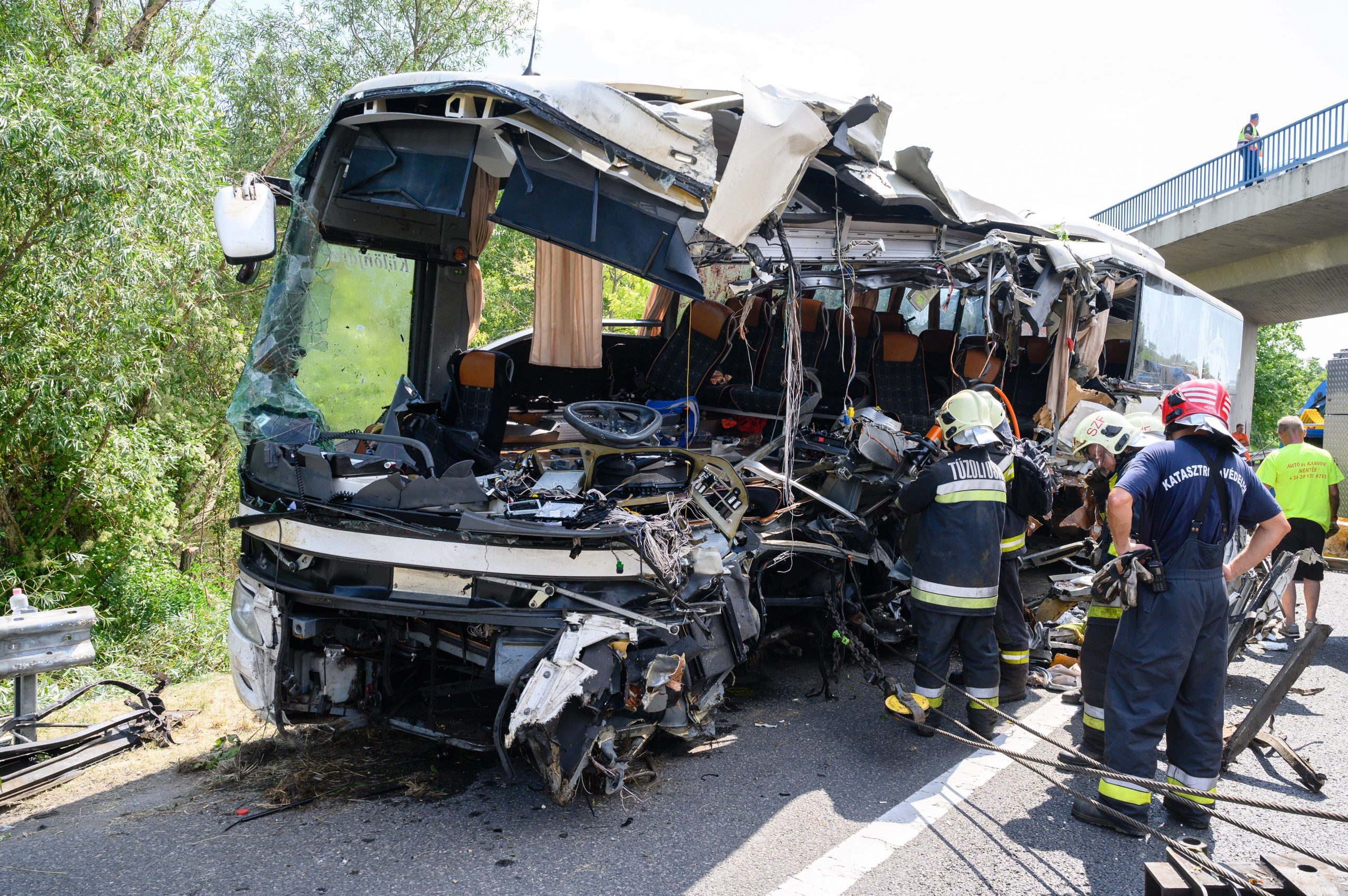 Bus Carrying Hungarian Tourists Crashes on M7, Killing Eight