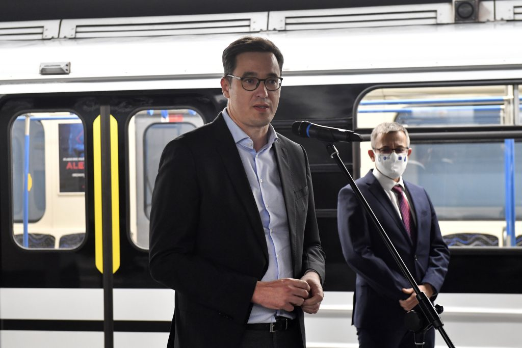 Karácsony Pushes for Free Public Transport for Under-14s post's picture