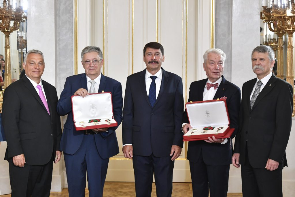 Former Science Academy Leaders E. Sylvester Vizi and László Lovász Receive the Hungarian Order of Saint Stephen, Hungary's Highest Decoration post's picture