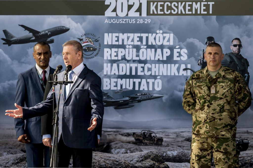 Defence Minister: Strong Hungary 'Unimaginable' without Strong Army post's picture
