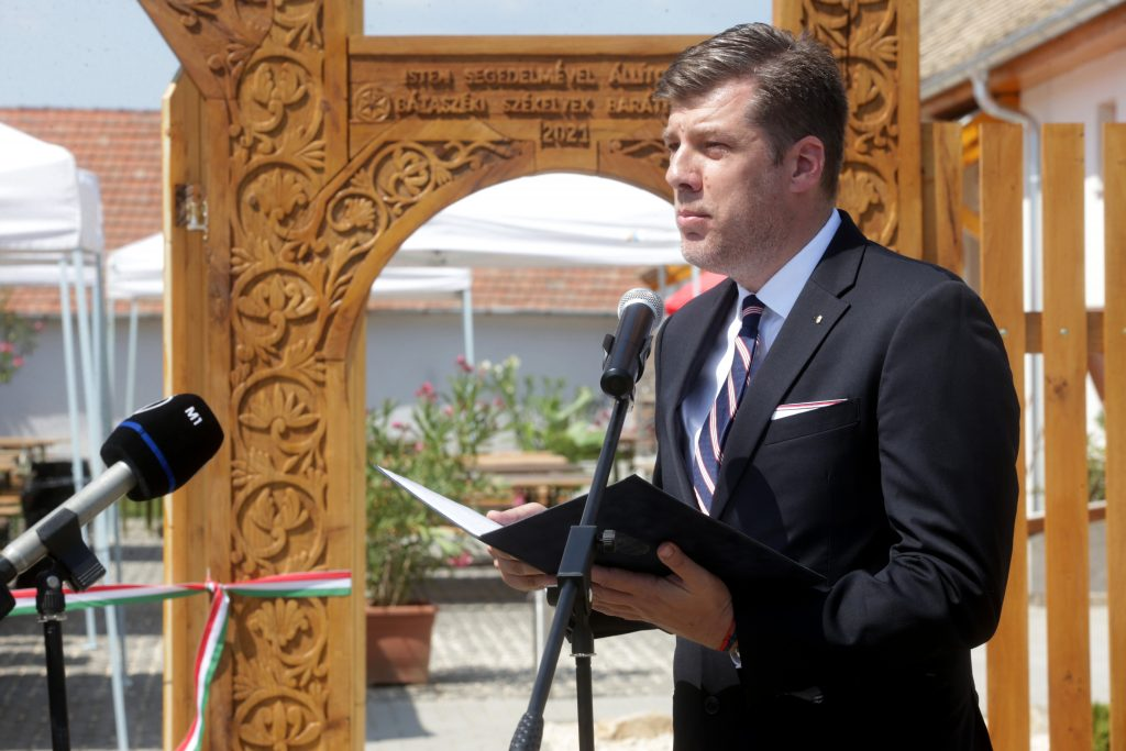 Gov't Commissioner: Hungary Founded on Christianity and Independence post's picture