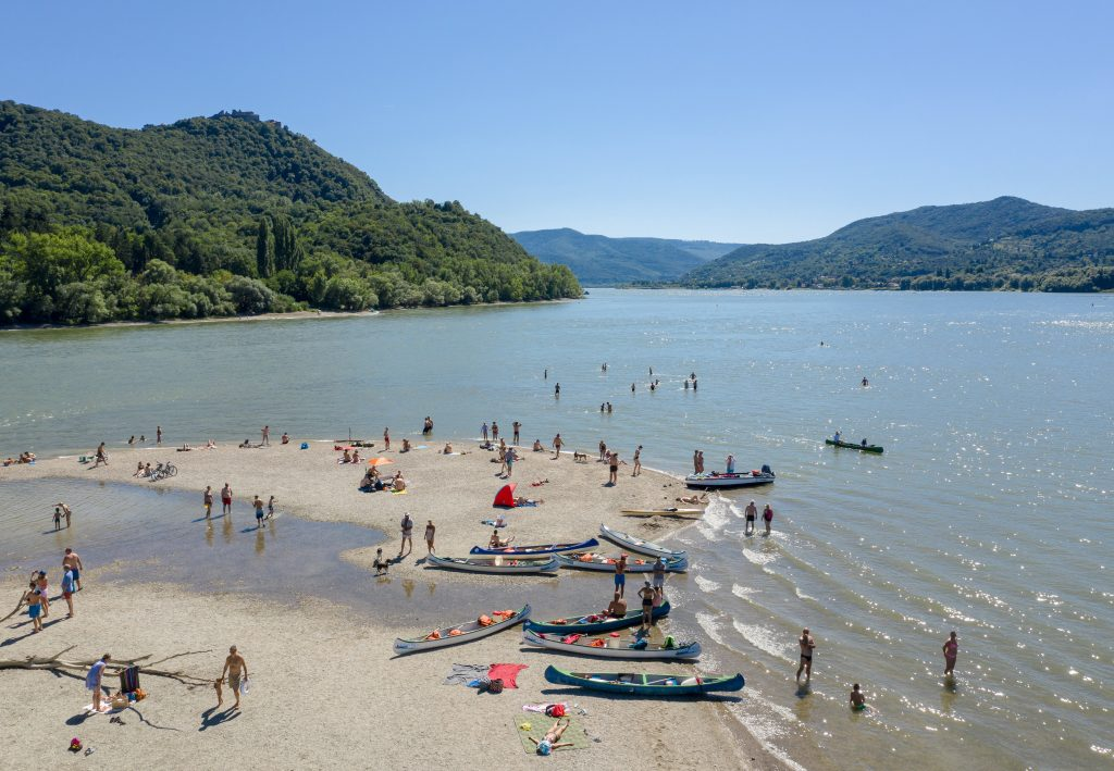Investment Cancelled: Danube Island Near Kisoroszi Becomes a Nature Reserve post's picture