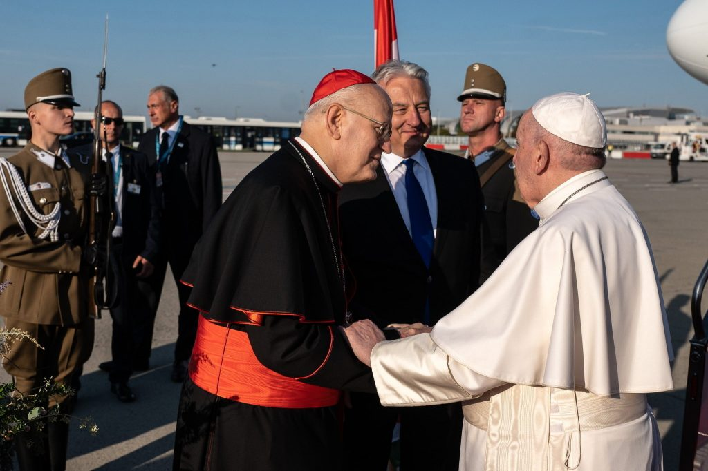 Pope Francis Highly Appreciates Talks with Hungarian Leaders, Cardinal Erdő says post's picture