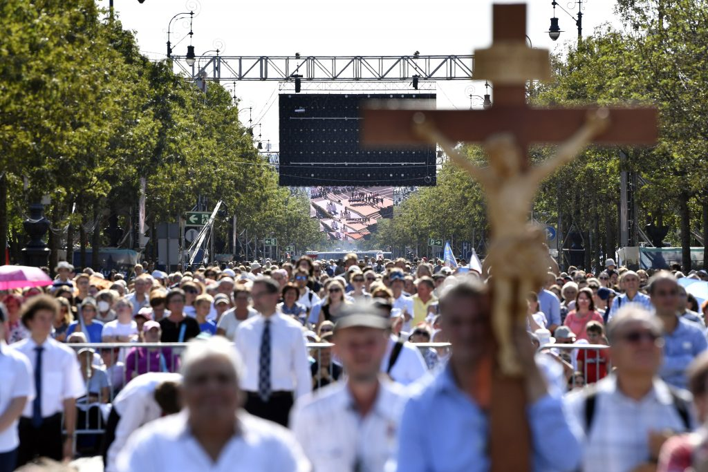 Press Roundup: Eucharistic Congress Opens in Budapest post's picture
