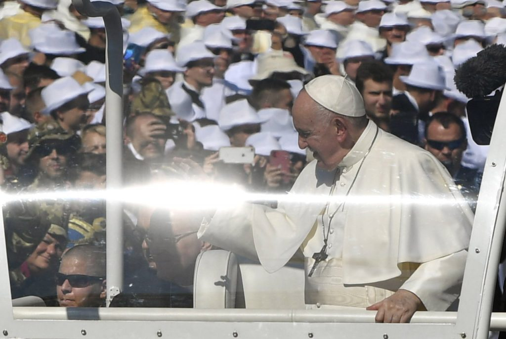 """Pope Francis Praises Hungarians' """"Ecumenical Spirit, Family Protection, Ecological Awareness"""" post's picture"""