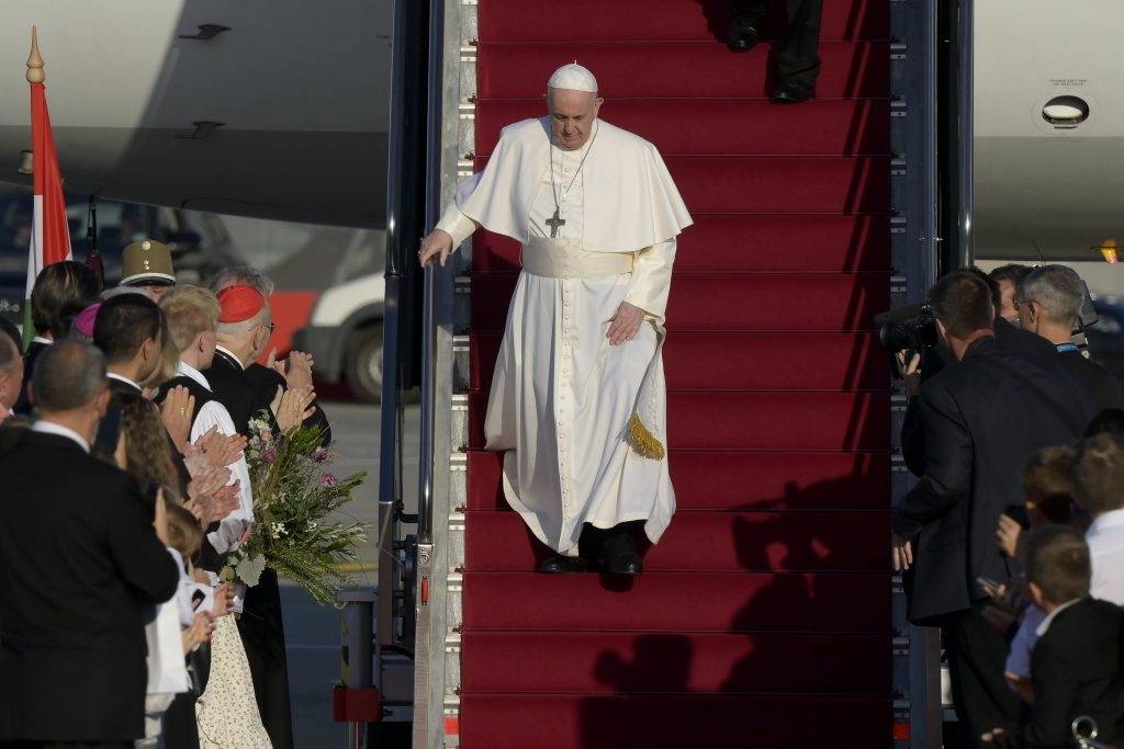 Press Roundup: Weeklies on the Eucharistic Congress post's picture