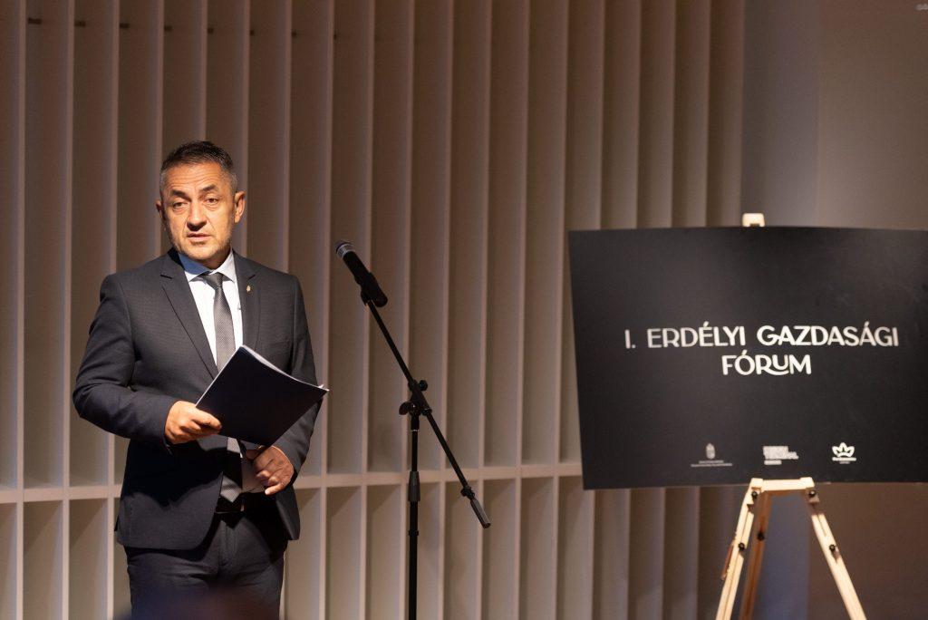 Govt Official Addresses Economic Forum in Marosvásárhely post's picture