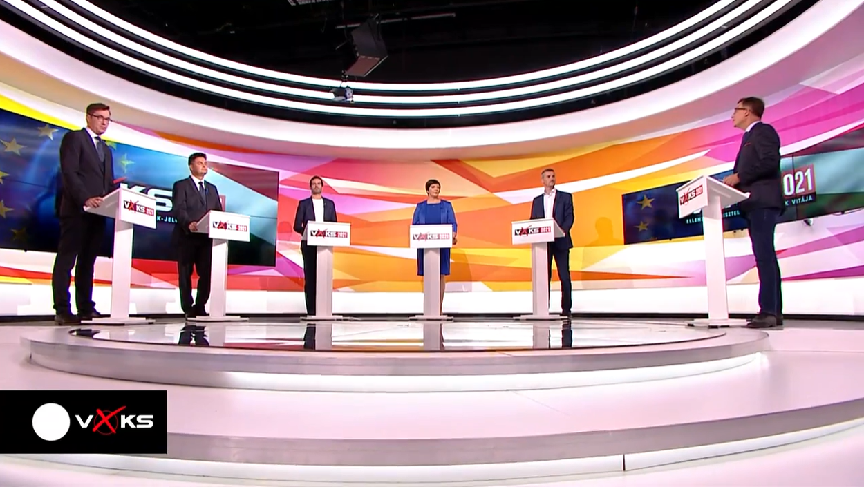 Focus on Fidesz's Accountability, 'Unjust' Taxation, Healthcare, and Education at Opposition PM-Candidates' First Debate