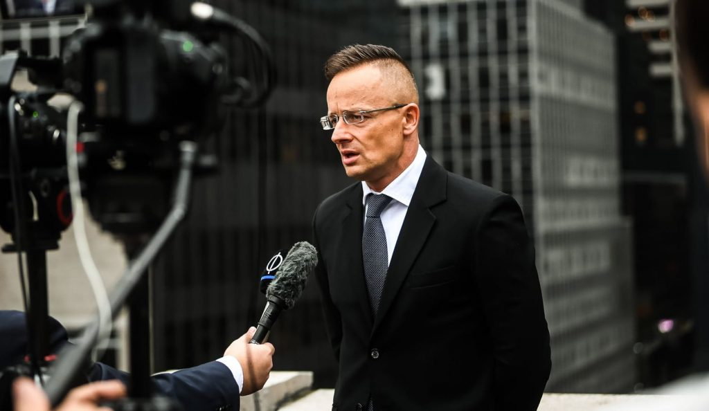 """FM Szijjártó: """"The English Should Not Lecture Hungary About Hooliganism"""" post's picture"""