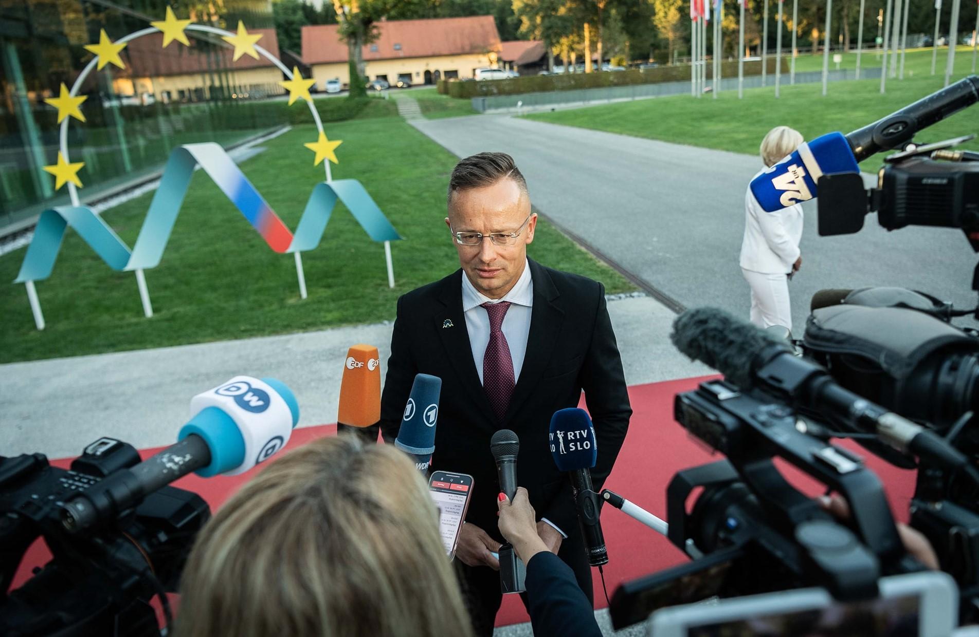 FM Szijjártó: EU 'Reverting to Failed 2015 Track' in Handling Afghanistan Situation