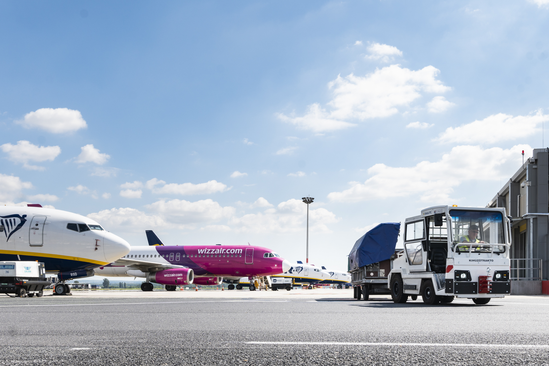 Wizz Air Makes Vaccine Mandatory for Cabin Crew