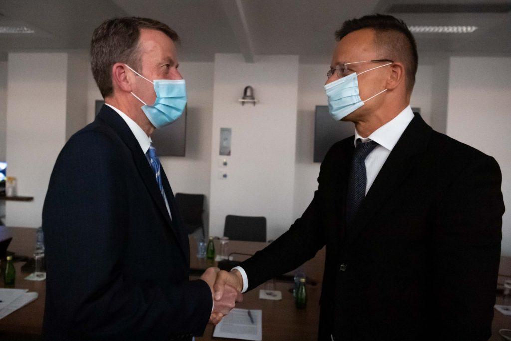 FM Szijjártó: Hungary Supports EU-Australia Free Trade Agreement post's picture