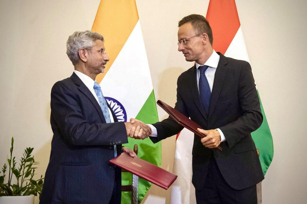 India to Honour Hungary Immunity Certificate post's picture