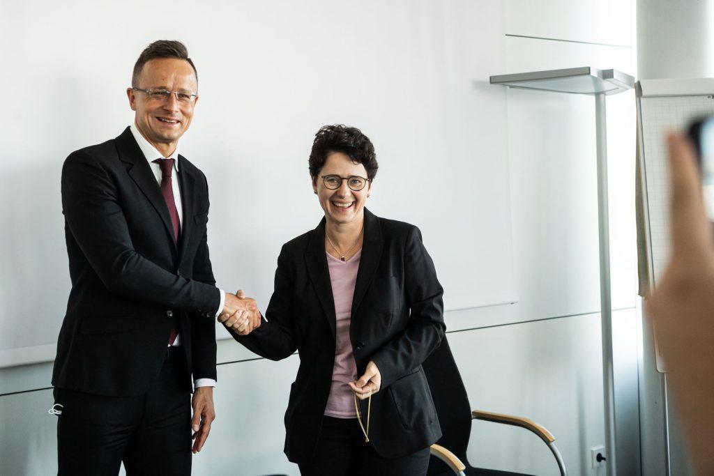 FM Szijjártó: Baden-Wuerttemberg Migration Minister Thanks Hungary for Border Protection post's picture