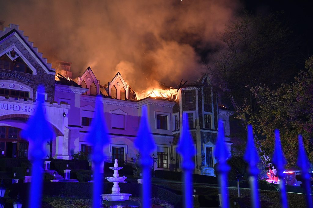 Med Hotel in Tamásipuszta Catches Fire post's picture