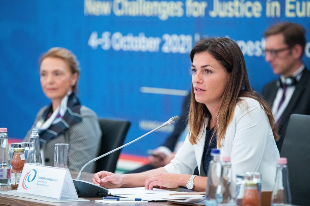 Justice Minister: Digitalisation, AI Present Challenges to Judicial Systems post's picture