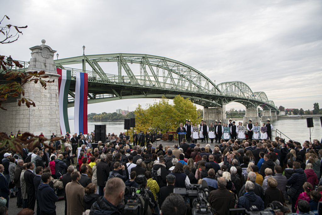 Four New Bridges Linking Hungary and Slovakia to Be Finished by 2024 post's picture